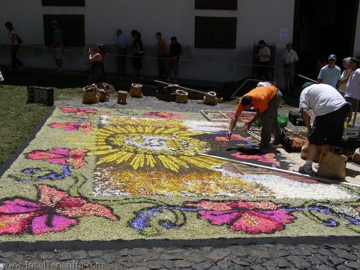 herstellung_sandteppiche_la_orotava_2007_www.inselteneriffa.com-4