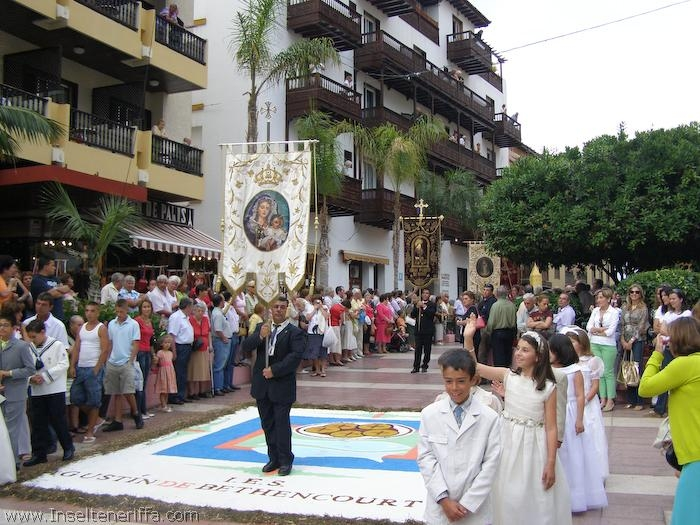 prozession_sandteppiche_puerto_de_la_cruz_2007_www.inselteneriffa.com-26